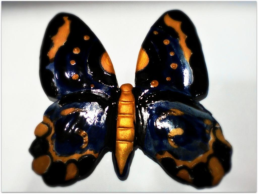 Mariposa de cerámica