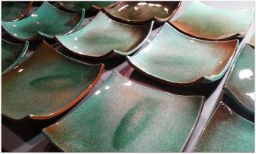Vajilla verde de cerámica