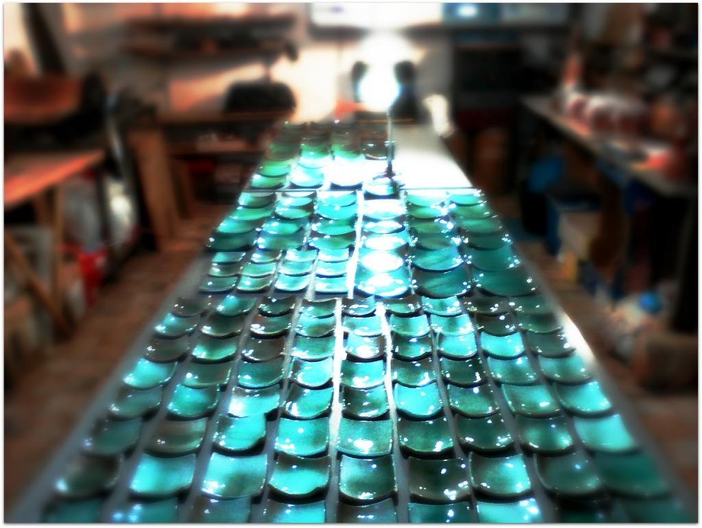Platos verdes de cerámica