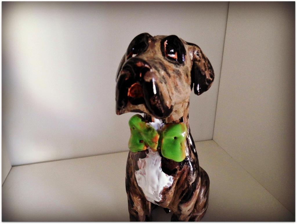 Perro de cerámica esmaltado