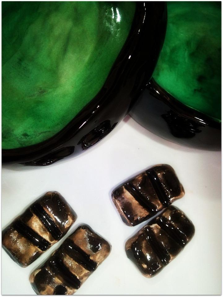 Cuencos de cerámica esmaltada